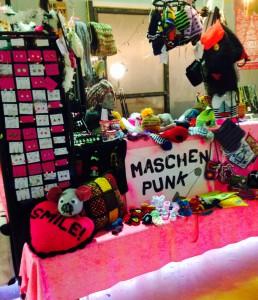 Maschenpunk - Stand beim heiligen Bimbam in Berlin
